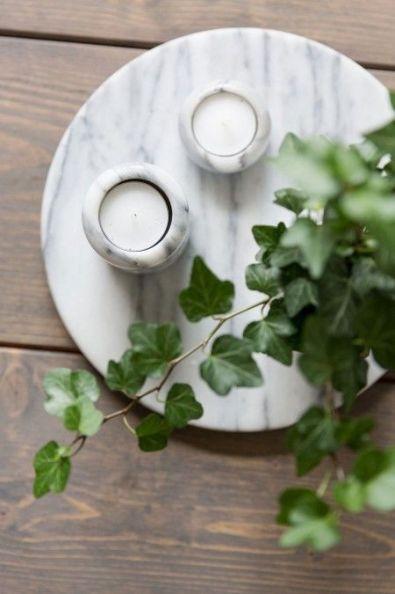 Accessoires in marmer: een subtiele toepassing van natuursteen in je interieur. (Foto: Pinterest)